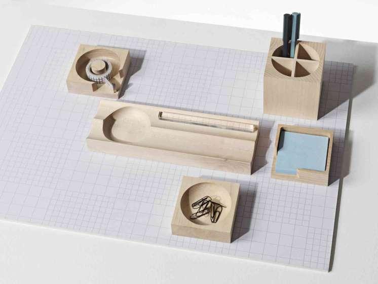 De houten bureauset van Nomess Copenhagen