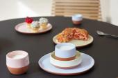 Stapelbaar Join servies in terracotta en pastelkleuren