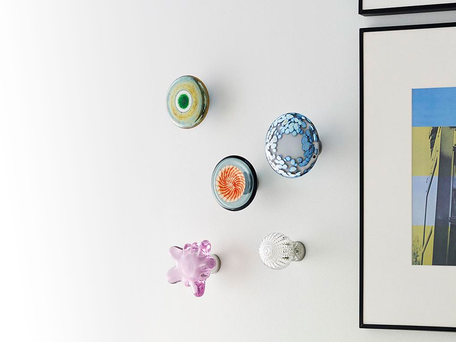Iittala stelt met Aarre schitterende wandsieraden voor