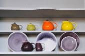 Steengoed aardewerk in natuurlijke tinten
